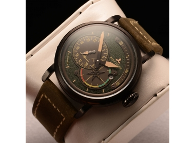 Take A Look At The Aurora Pilot With Black Dial Black Leather PVD Case Automatic Watch RGA3019